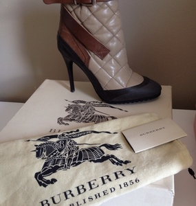 Buy: Authentic Burberry Aviator style Beverley Ankle Boots - NIB
